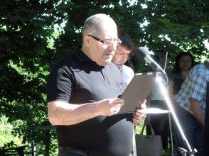 С речью на мероприятии выступил секретарь Изюмского городского совета Артем Ердаларян