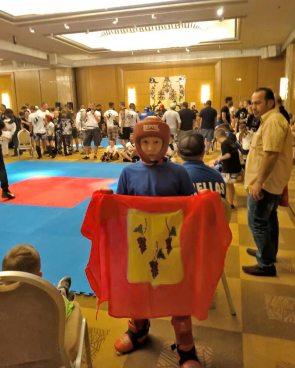Изюмчане - Чемпионы мира по кикбоксингу!