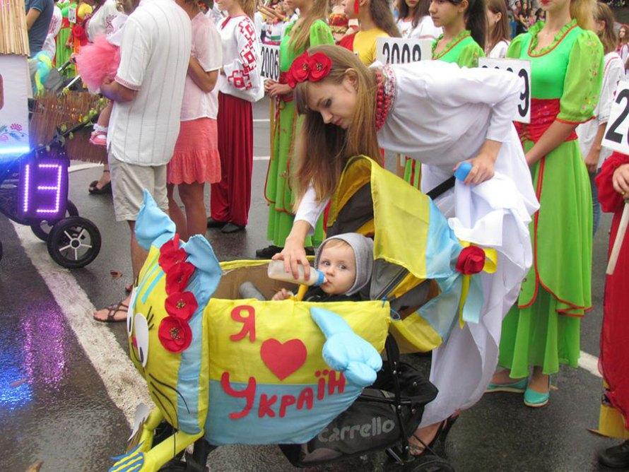 Объявляется конкурс детских колясок «Сказочная страна»