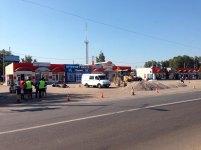 В Изюме начался капитальный ремонт автостоянки возле ТЦ «Поворотка»