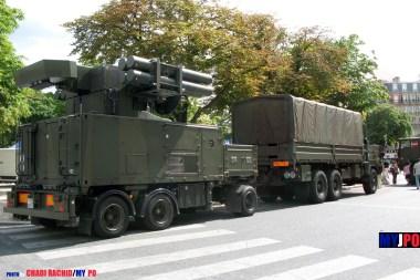 """French Armée de l'Air Renault TRM 10000 Crotale UAT (Unités d'Acquisition et de Tir) of the Escadron de Défense Sol-Air 05.950 """"Barrois"""" (EDSA 5/950), Place de la Nation, Paris, July 14, 2009."""