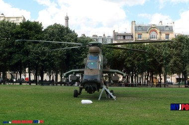 French ALAT EC665 Tigre HAP of the 5e Régiment d'Hélicoptères de Combat (5e RHC), Esplanade des Invalides, Paris, July 14, 2009.