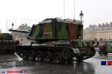 French Army AMX AuF1 TA of the 40e Régiment d'Artillerie (40e RA), Esplanade des Invalides, Paris, July 14, 2010.