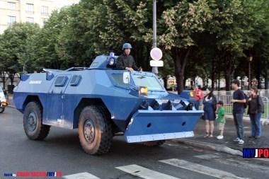 """French Gendarmerie VXB-170/VBRG """"lame"""" of the Groupement Blindé de Gendarmerie Mobile (GBGM), Esplanade des Invalides, Paris, 14 juillet 2010."""