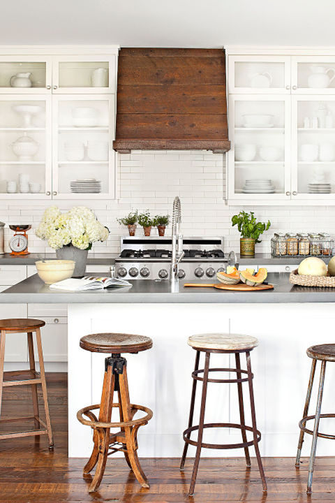 Mismatched Bar Stools To Enhance Your Kitchen In A ... on Rustic:1Gdhjdx6F3G= Farmhouse Kitchen  id=61413
