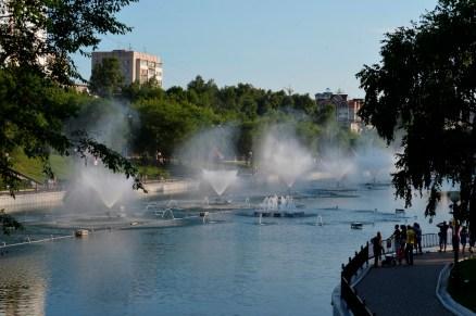 Las fuentes son un espectáculo típico de verano - Fountains are a typical summer spectacle