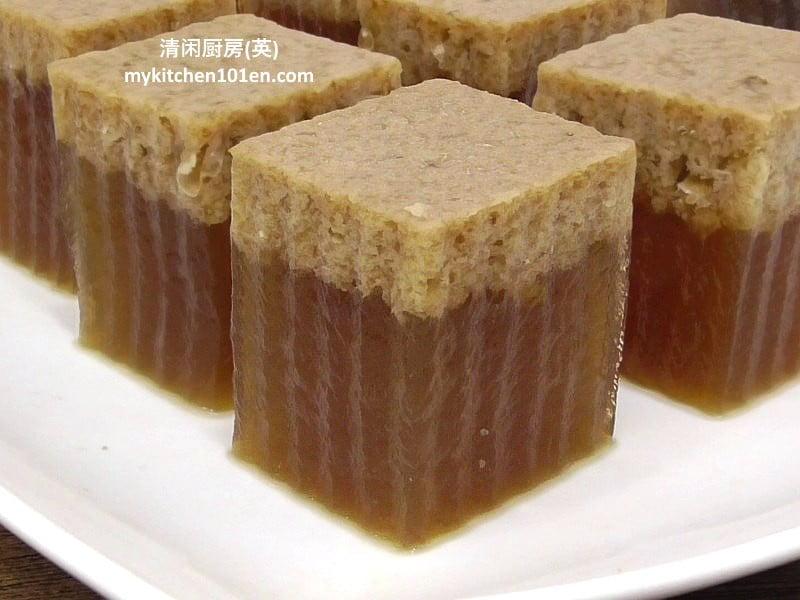 coconut-milk-brown-sugar-agar-agar-mykitchen101en-feature1