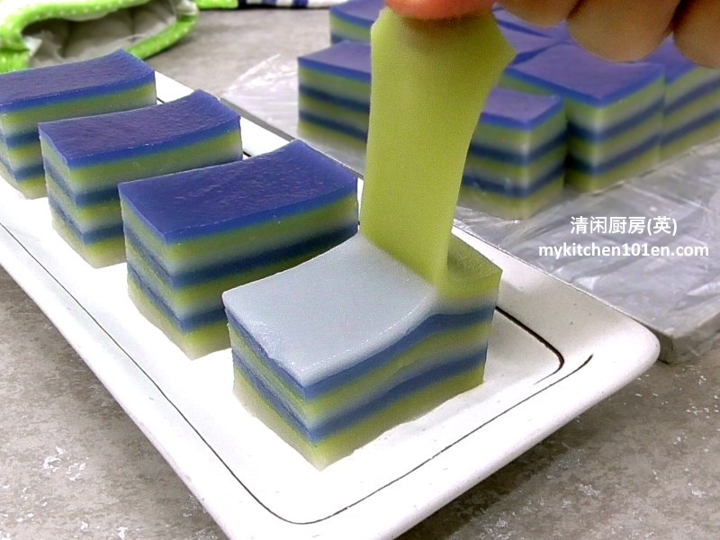 3-colour-9-layer-kuih-lapis-mykitchen101en-feature1