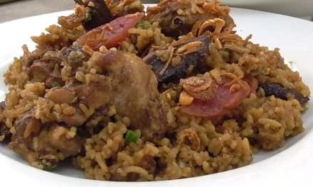 """Rice Cooker Version """"Claypot"""" Chicken Rice"""