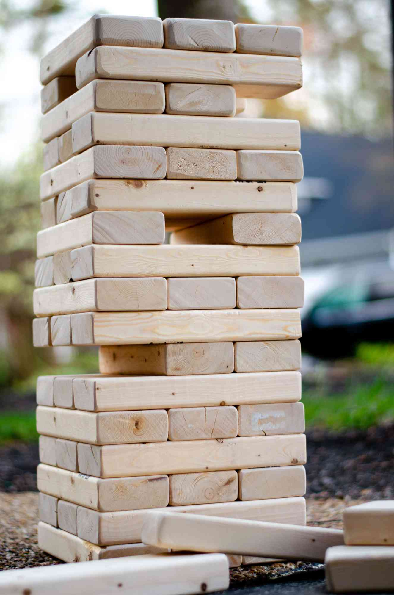 How to make a GIANT Jenga #jenga #giantjenga #yardgames #summergames #outdoorfun #summertimefun #kidsgames