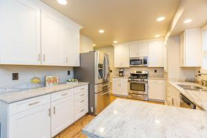 1106 Park Ave Bremerton WA-Kitchen