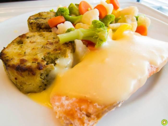 Resepi Grill Salmon Bersama Sos Putih