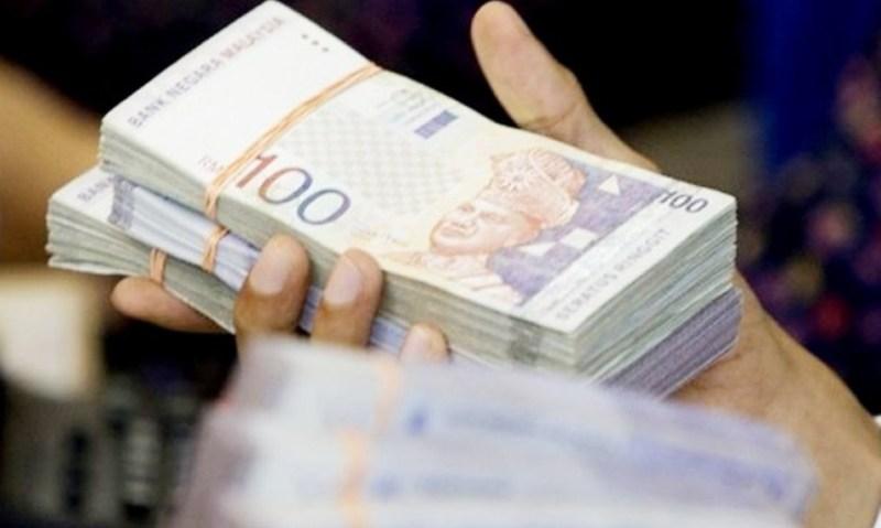 SPRM tahan 6 pegawai bank minta suapan RM18 juta