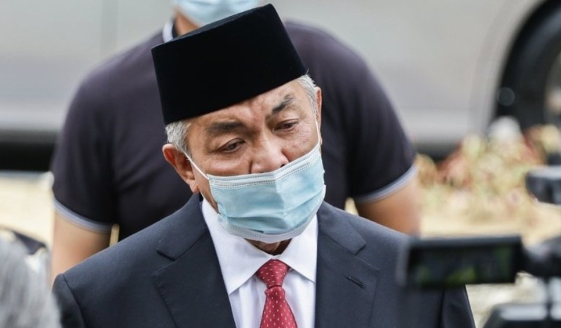 Parlimen dibuka segera, darurat tidak disambung, cadang Umno pada Agong