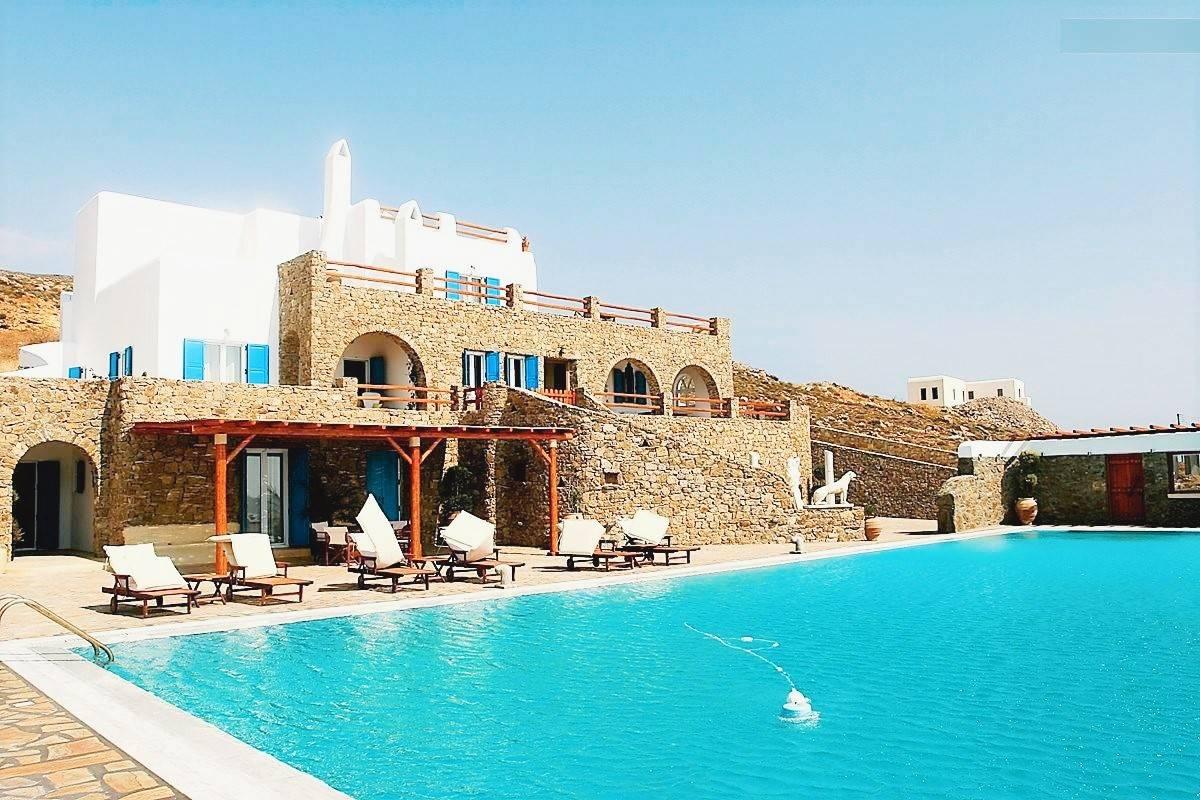 Mykonos villa for sale 4 - real estate in Mykonos 1
