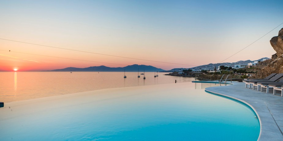 mykonos-beach-hotel-2
