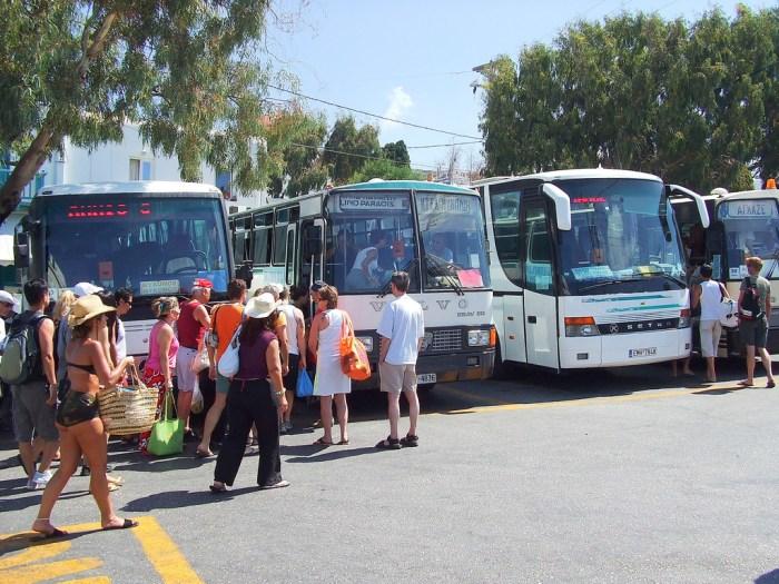 Getting around Mykonos by bus