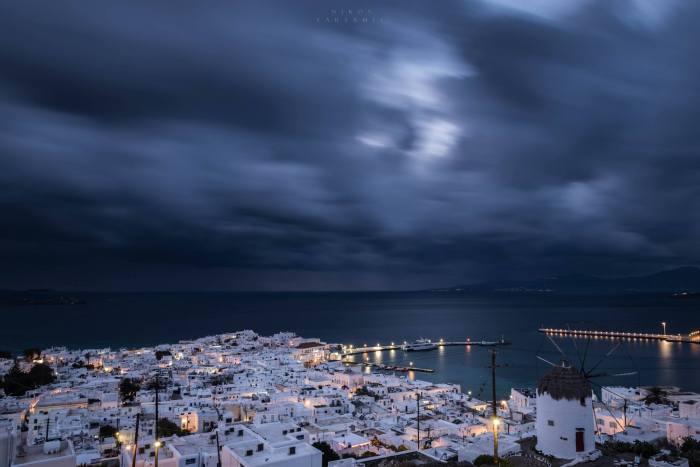 Best time to visit Mykonos island