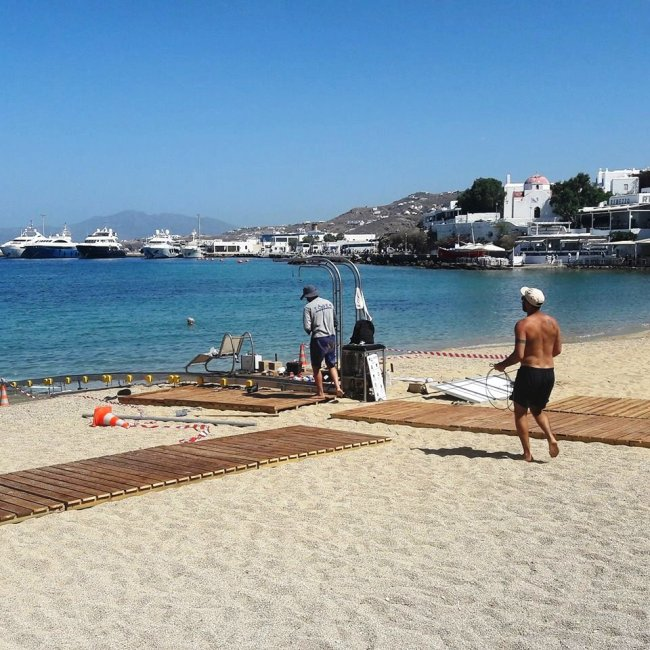 Wheelchair-accessible Mykonos beaches!