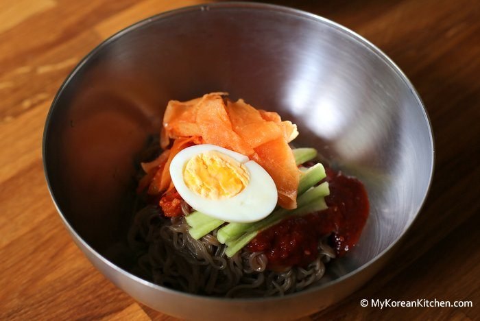 Instant Spicy Korean Cold Noodles (Bibim Naengmyeon)