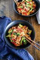 Easy Chicken and Broccoli Noodle Stir Fry. It's full of flavour and texture. Ready in 15 mins. | MyKoreanKitchen.com