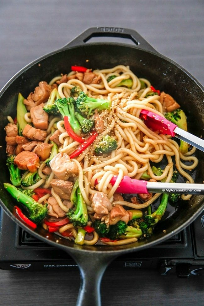 How to Make Easy Chicken and Broccoli Noodle Stir Fry | MyKoreanKitchen.com