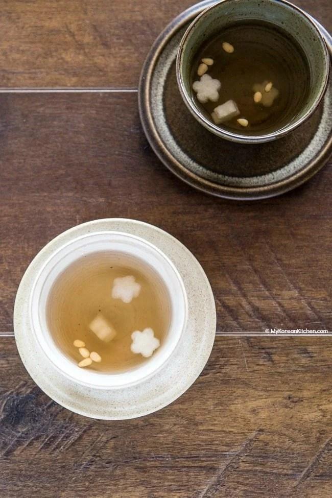 Baesuk (Honey Poached Pears) Recipe | MyKoreanKitchen.com