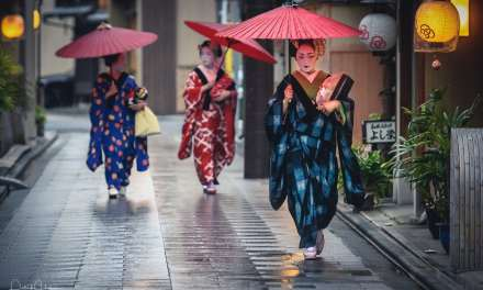 Rain over the Hanamachi