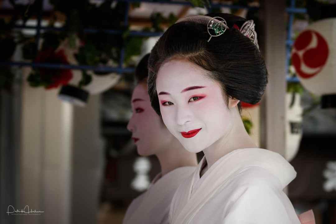 The beautiful Maiko Fumiyoshi, Hanagasa Junko Procession