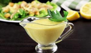 Соус для салата «Цезарь» — 7 рецептов приготовления в домашних условиях