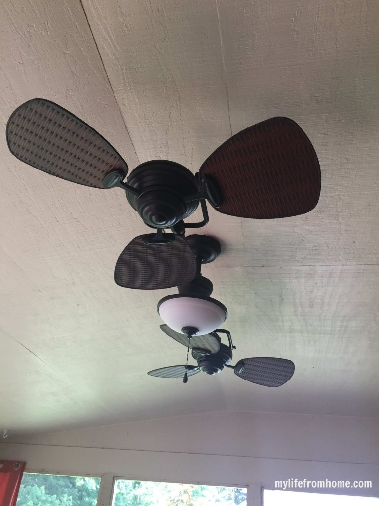 New Outdoor Fan by www.whitecottagehomeandliving.com