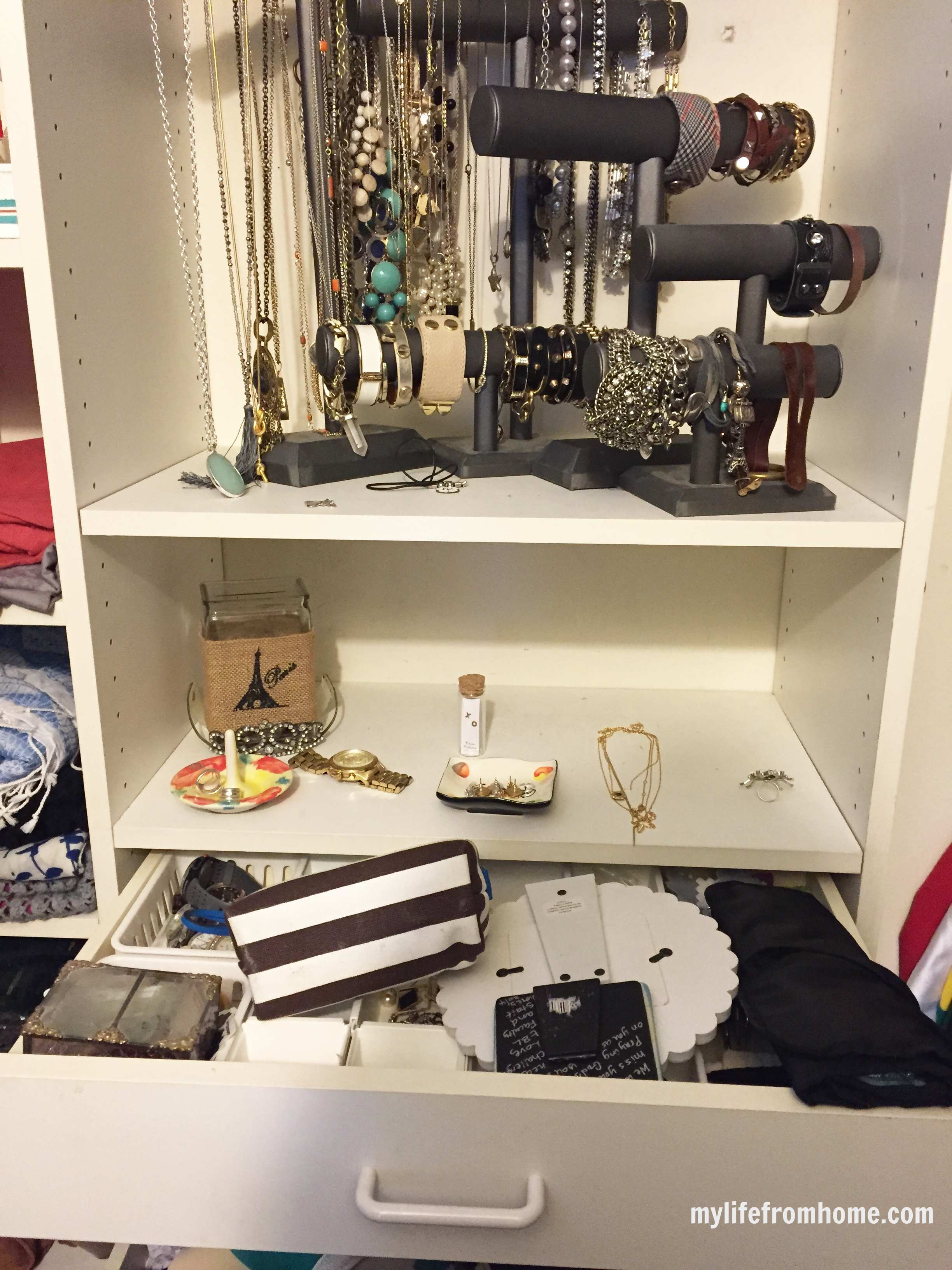 Closet Makeover Organization by www.whitecottagehomeandliving.com