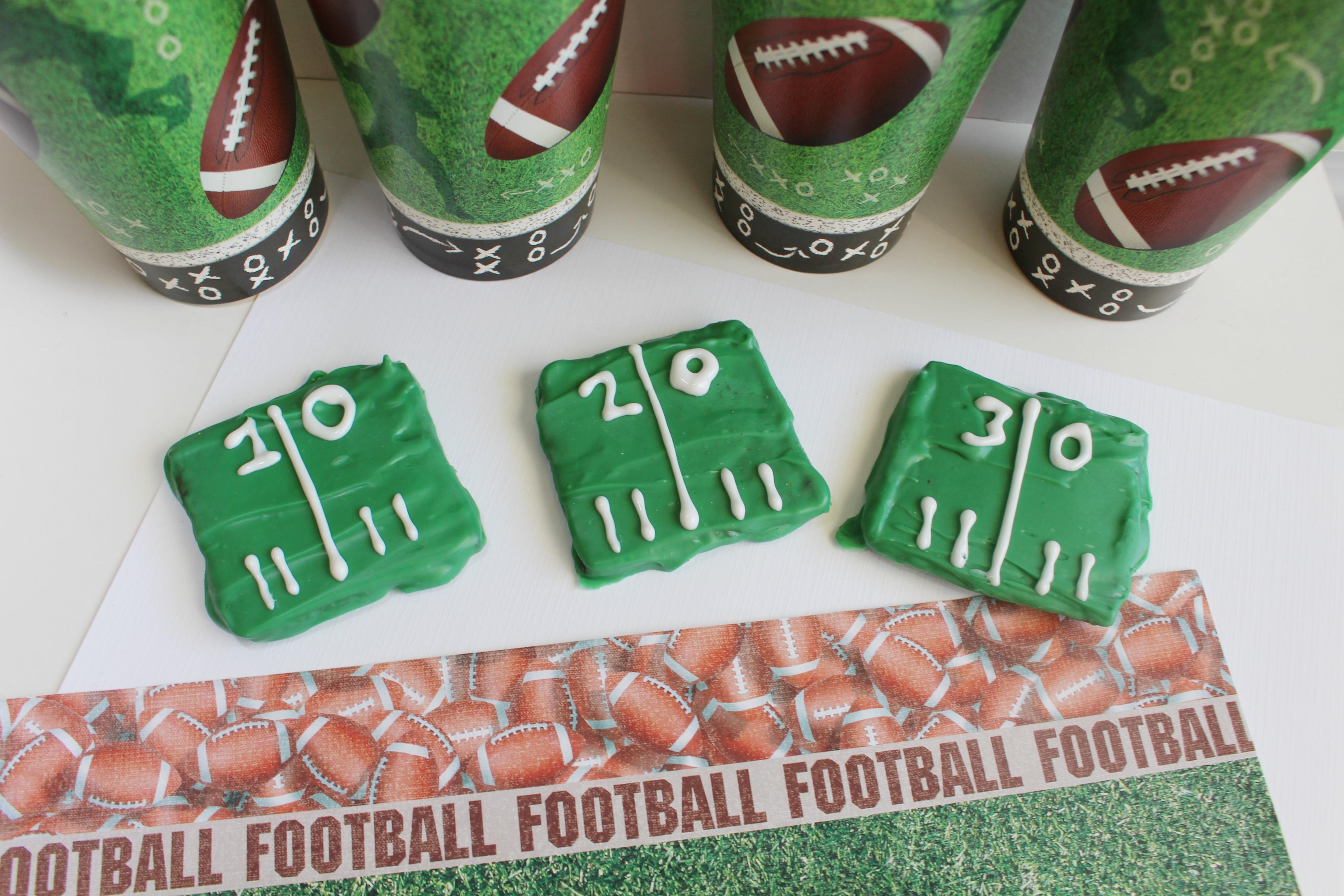 Football Graham Cracker Treats