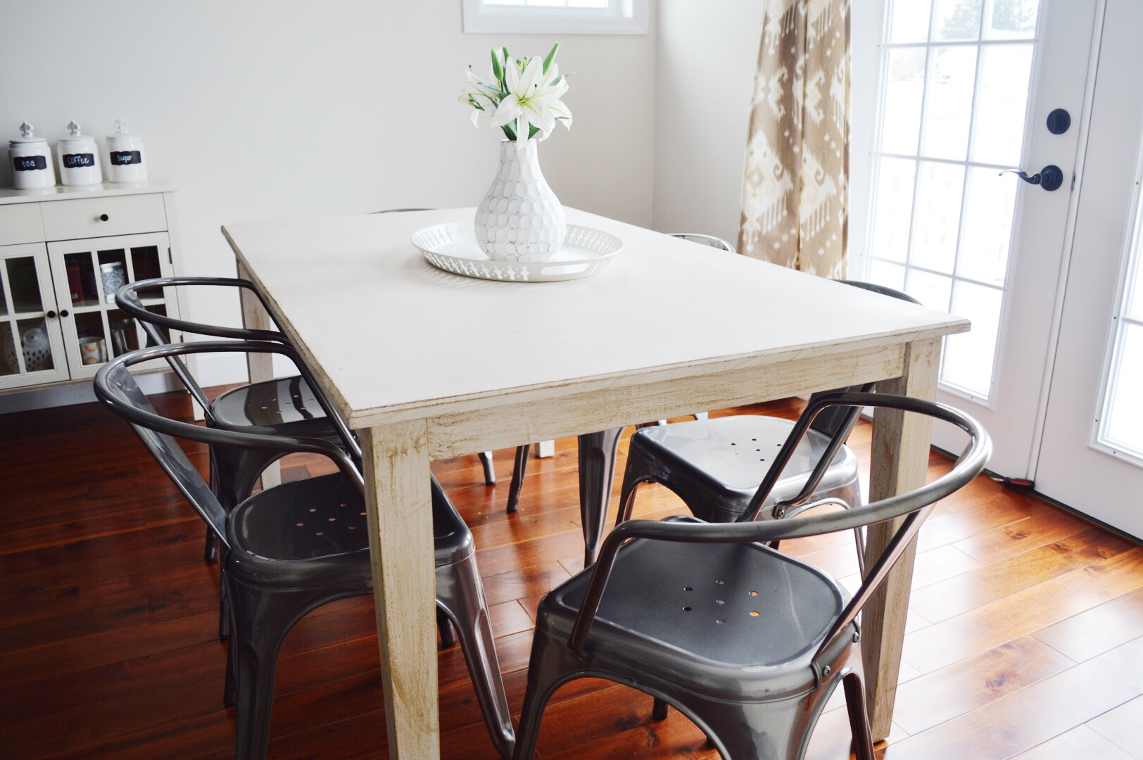 Link Party- Farmhouse Table