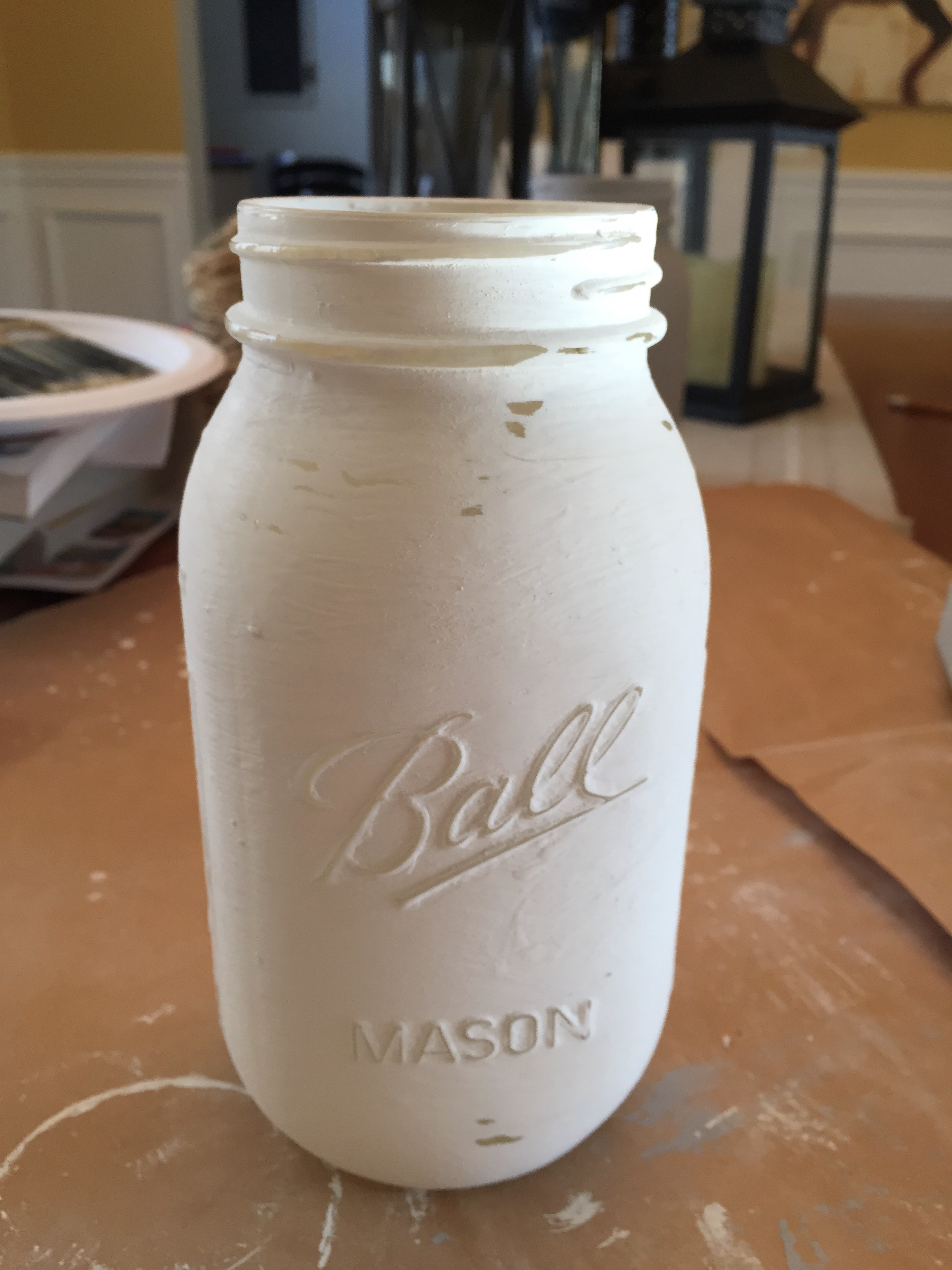 Distressed Painted Mason Jar by www.mylifefromhome.com