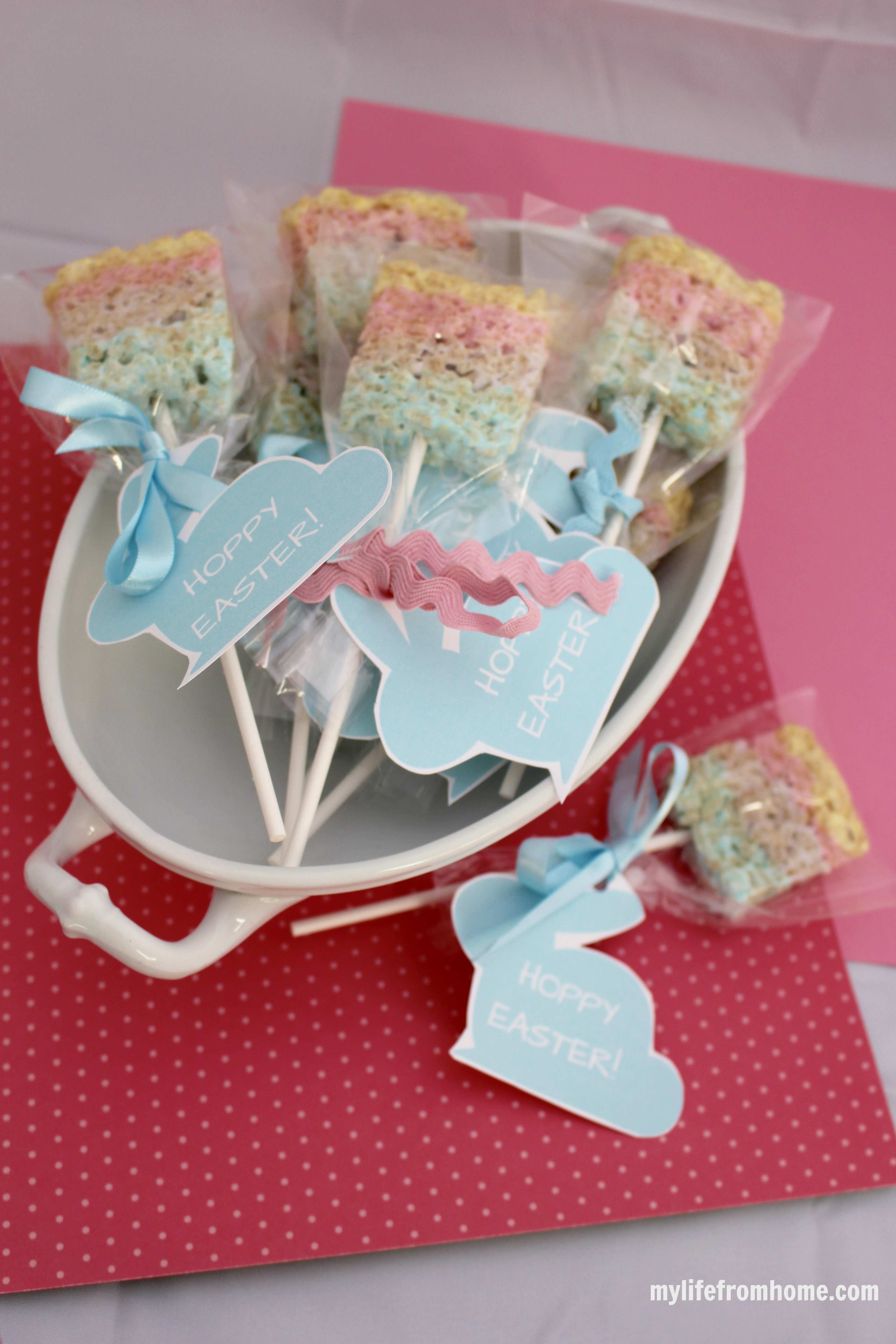 Easter Peep Popsicles by www.whitecottagehomeandliving.com