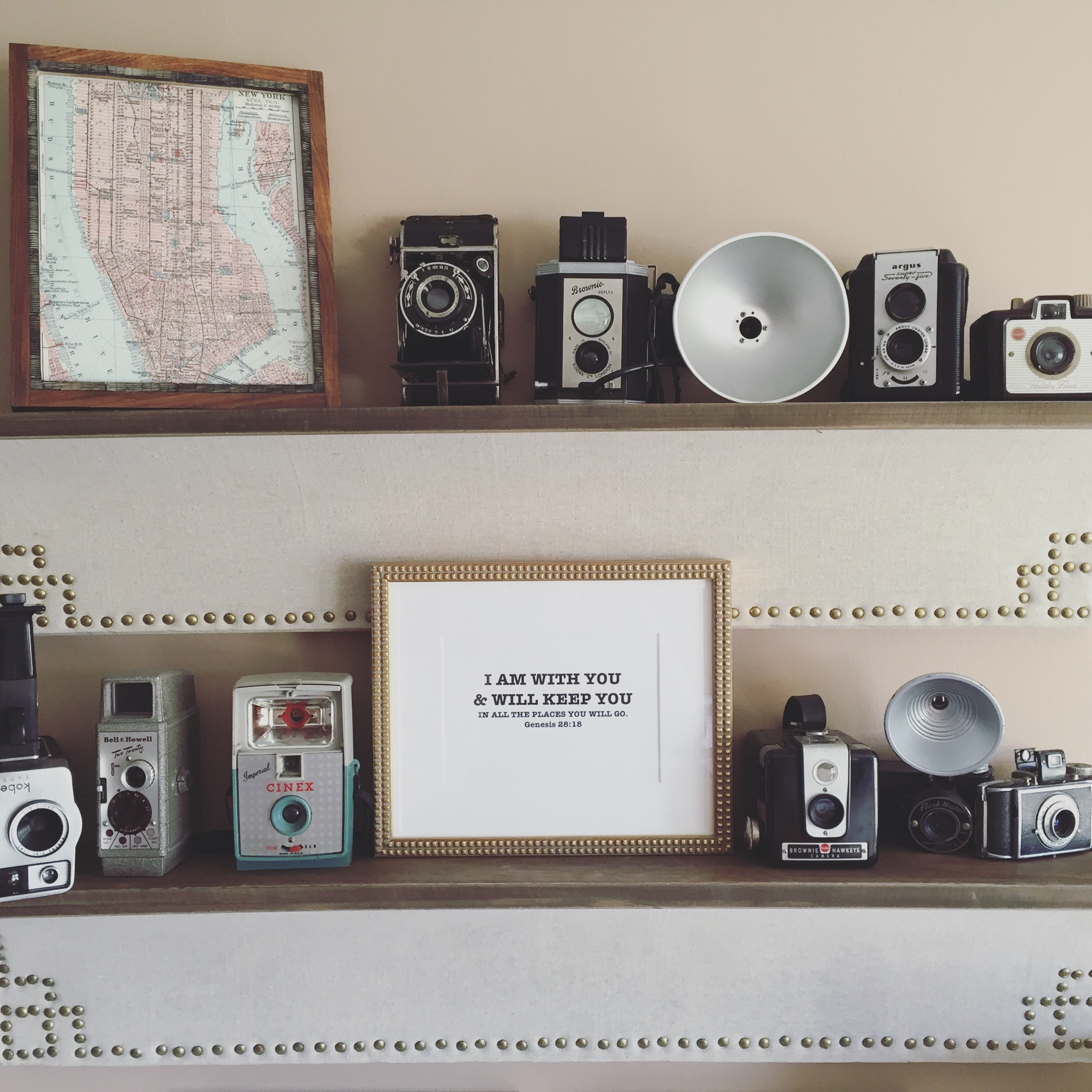Vintage Camera Collection & Gallery Wall by www.whitecottagehomeandliving.com