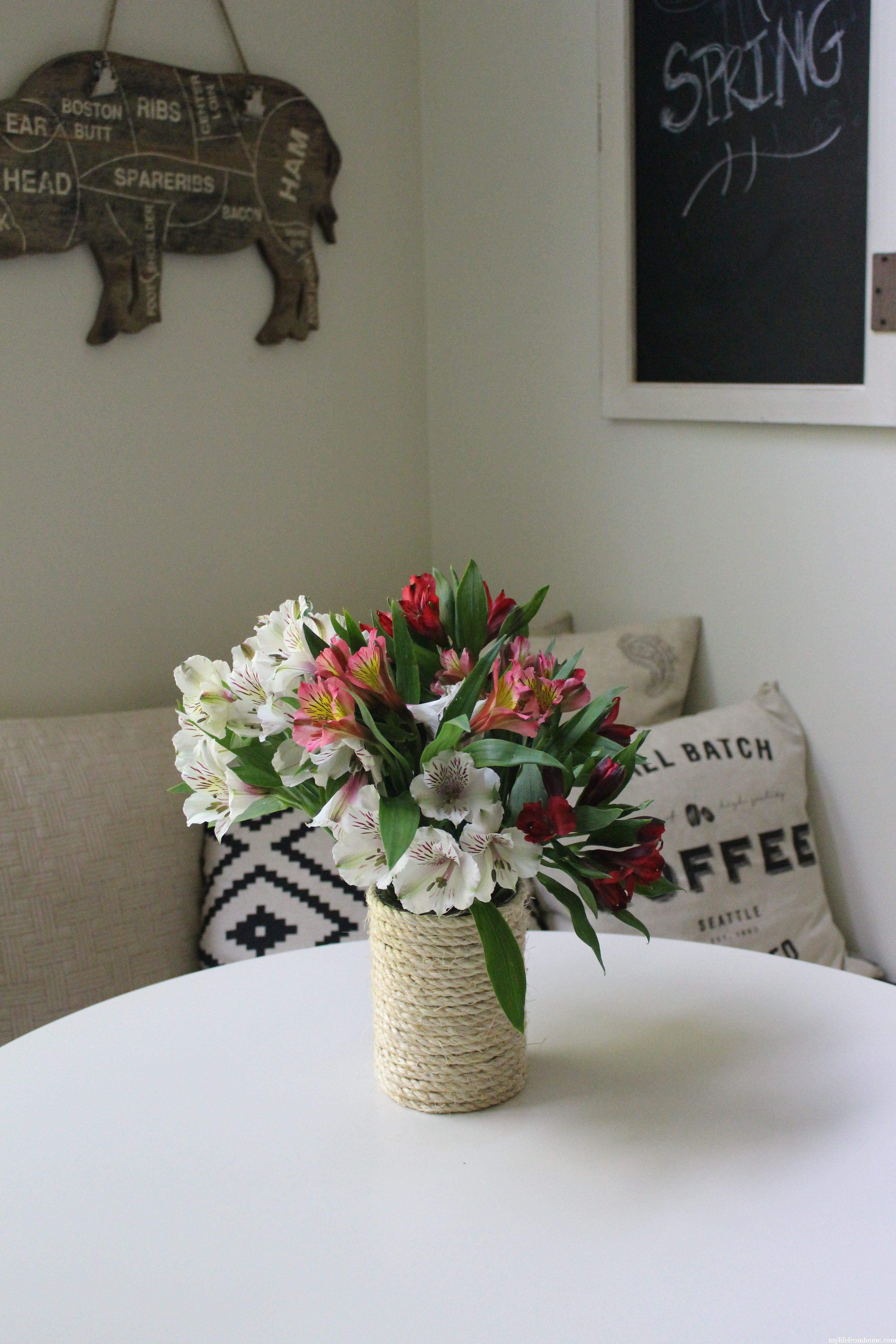 DIY Sisal Rope Vase by www.whitecottagehomeandliving.com