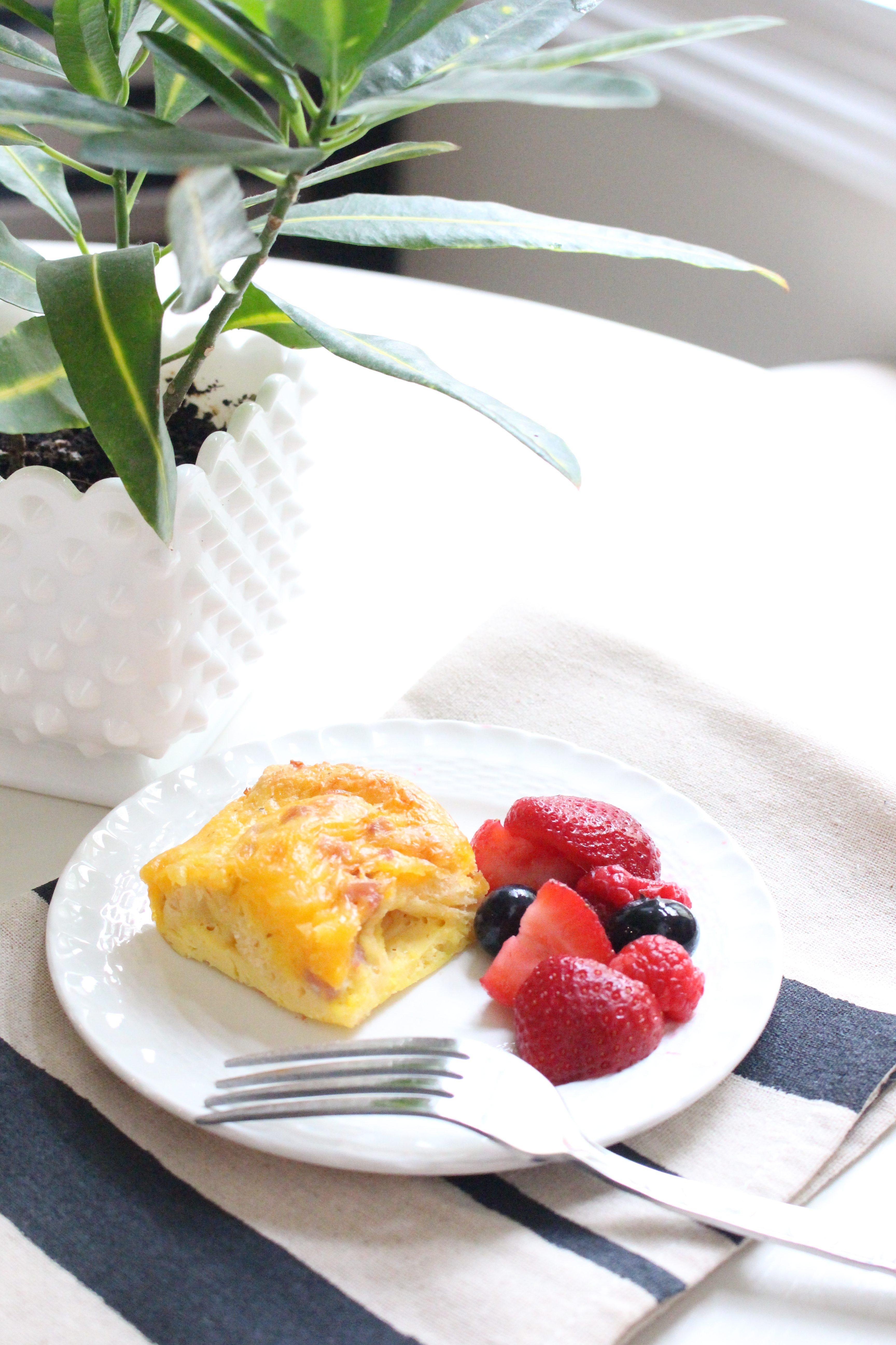Ham and Cheese Breakfast Casserole- Breakfast Casserole- Recipes- Breakfast recipe- casseroles- food- crescent rolls- quick and easy breakfast casserole