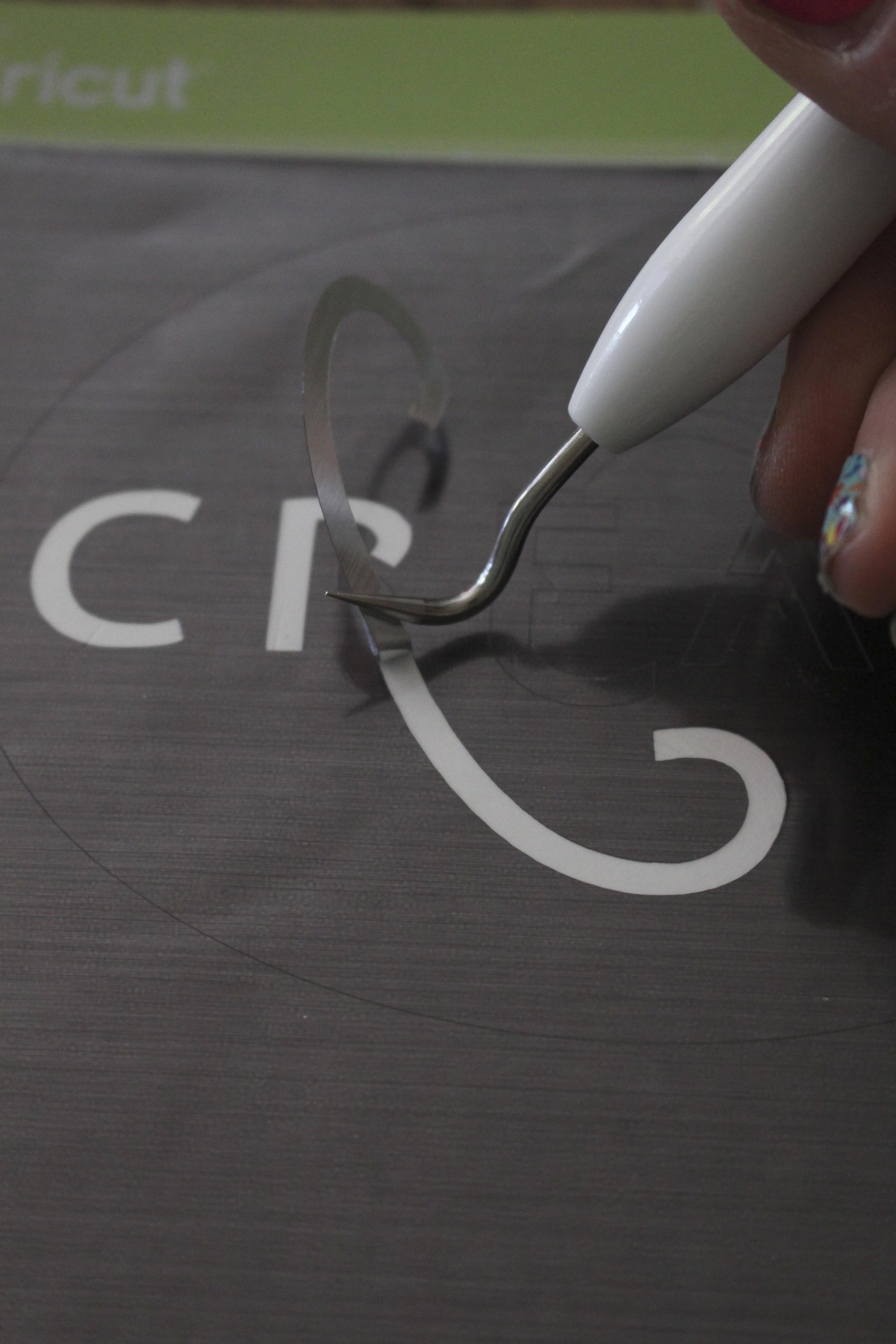 Cricut Explore Air 2- cutting machine- DIY- crafting machine- Cricut- using a writing and cutting machine for crafts