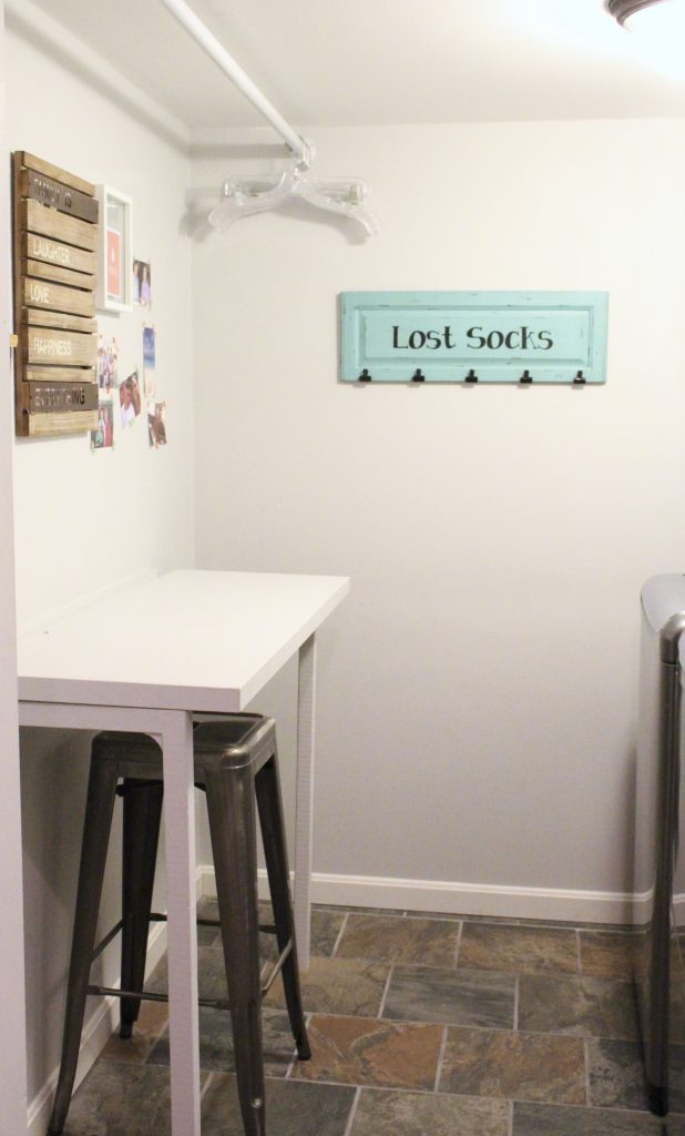 laundry room- small space laundry- tips for organizing a small laundry- laundry room- room by room- room decor ideas- Do it Yourself- DIY- room design- DIY projects- organization- home design