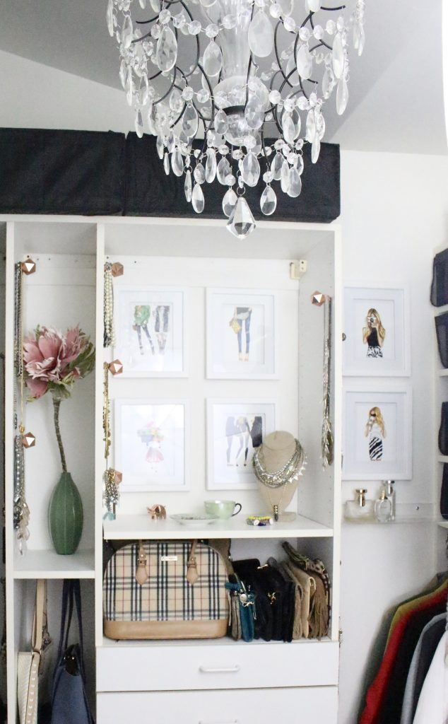 A full boutique closet reveal- master closet- closets- organizing closets- do it yourself- DIY- DIY projects- decoration ideas- room decor ideas- room design- home decor- closet decor- boutique- closet organization- shelf organization- walk in closet- jewelry storage- displaying jewelry in a closet- stylish closet- women's wardrobe- pretty closet details