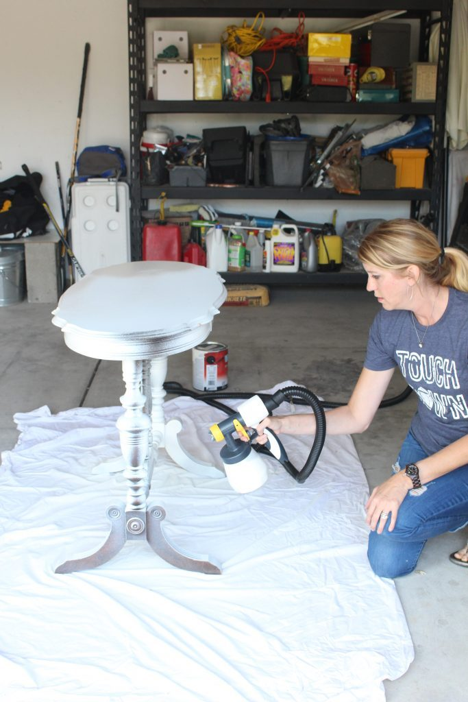 Using a Wagner Studio Home Decor Sprayer- paint sprayer- painted furniture- how to paint- paint- DIY- DIY projects- Do it Yourself- home decor projects- room design- crafts- sprayer