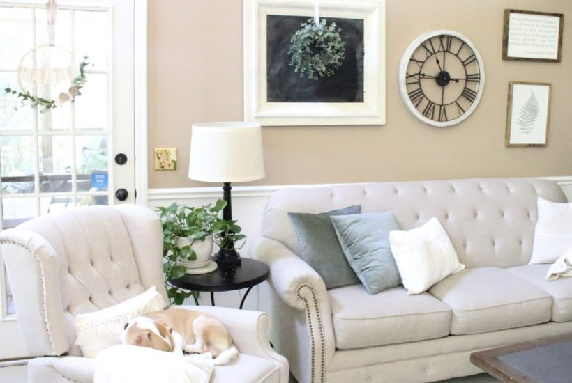 fall home tour- neutral & serene fall home tour- home design- home decor- do it yourself- DIY- DIY projects- seasonal decor- fall- autumn- living room decorating ideas- room design- rustic home decor- wall decorating ideas- decoration ideas- room decor ideas- chalkboard- cream couch- farmhouse style