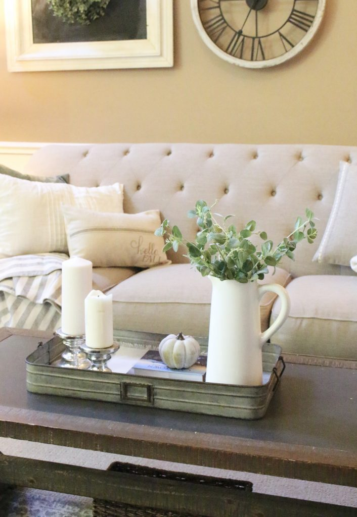 How to Style a Coffee Table- coffee table styling ideas- home decor- fall- seasonal coffee table- decor- home design- DIY- Do it Yourself Projects- tips on styling- coffee table- seasonal decor- pumpkins- faux pumpkins- living room decor