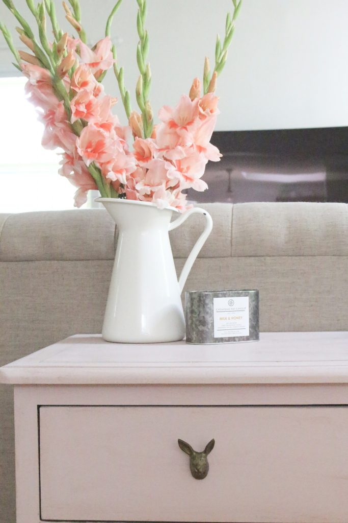 pink painted furniture. Pink Paint- Dresser- Thrift Store Furniture- Annie Sloan- Chalk  Shabby Pink Painted Furniture O