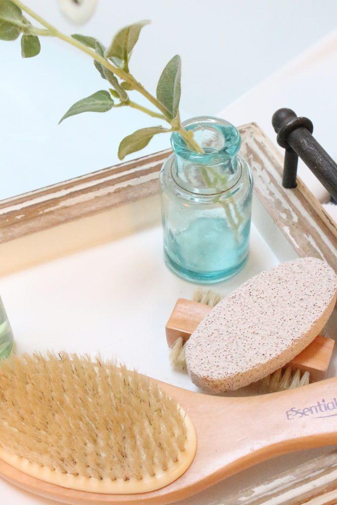 Neutrogena Rainbath at Walgreens- pampering yourself- bath and shower gel- bathroom tray- new bath product- Walgreens- Rainbath