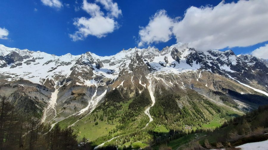 Trekking insieme aI ghiacciai del Monte Bianco
