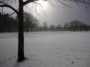 kiss and snow-6