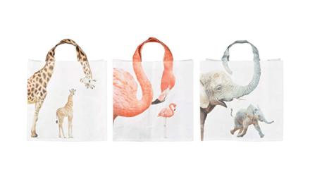 As sacolas reutilizáveis são uma forma de fazer compras ecologicamente correta.